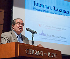 Justice Antonin Scalia speaking at IIT Chicago-Kent