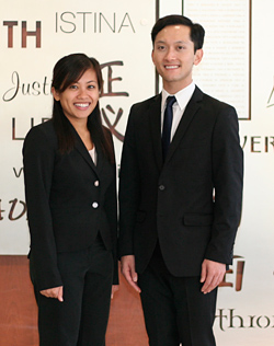Second-year students Aileen Cordero (left) and Justin Cabuhat will represent IIT Chicago-Kent in the 2012 Thomas Tang International Moot Court Competition regional tournament.