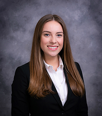 Yuliya Patlata '19 has won the Chicago-Kent College of Law 2019 Dolores K. Hanna Trademark Prize.